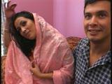 רקדנית הודית בזין הודי כפול