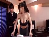 סינים עושים סקס כואב ויפה עם גמירה על החזה