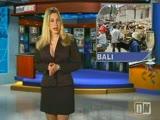 מתפשטת עירומה במהלך משדר חדשות בשידור