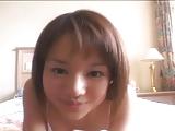 סינית צעירה 18 מתחרמנת בדוש
