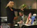 עורכת דין מילפית מגרה גבר שמזיין אותה